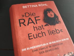 Read more about the article Bettina Röhl räumt den Mythos Meinhof auf
