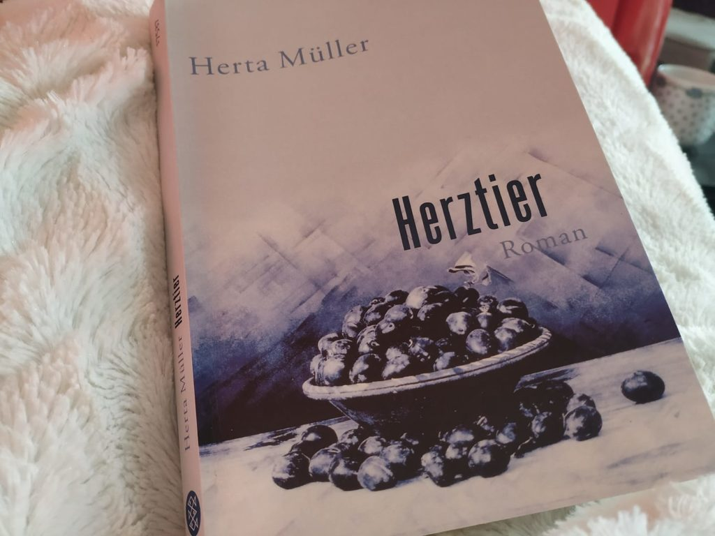 Read more about the article Muttertier trifft auf Herztier
